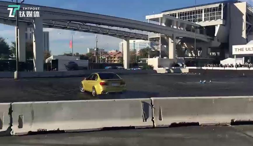 BMW并未缺席CES,展馆外开放「终级驾驶体验营 」