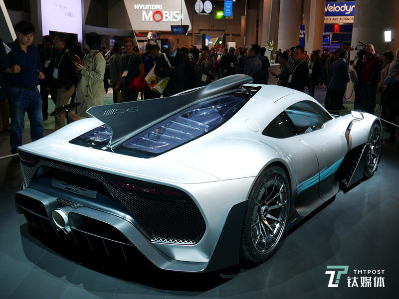 最强超跑!梅赛德斯 AMG-Project ONE亮相CES 限量打造275台